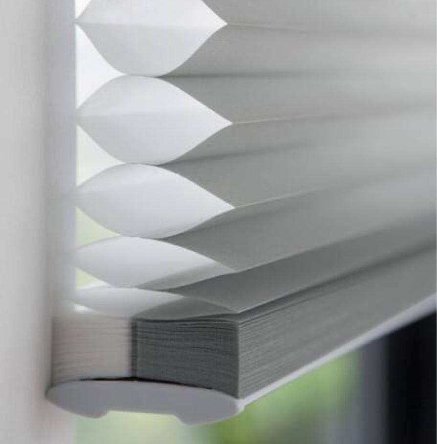 异形天窗遮阳解决方案—异形蜂巢帘图片